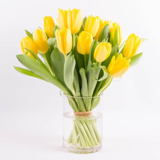 Sending Flowers After Surgery Flower Etiquette By Ode A La