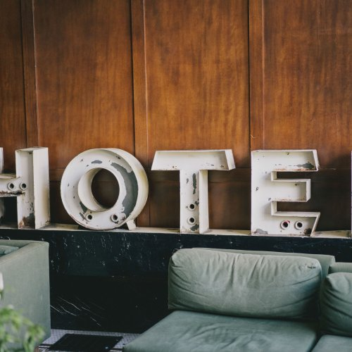 send flowers to chicago hotel